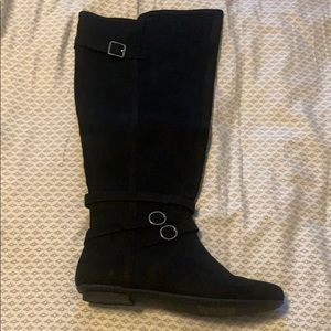 Size 10 Black Suede Boots